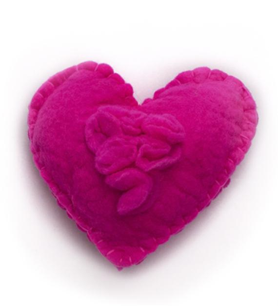 almohadon-corazon-fucsia