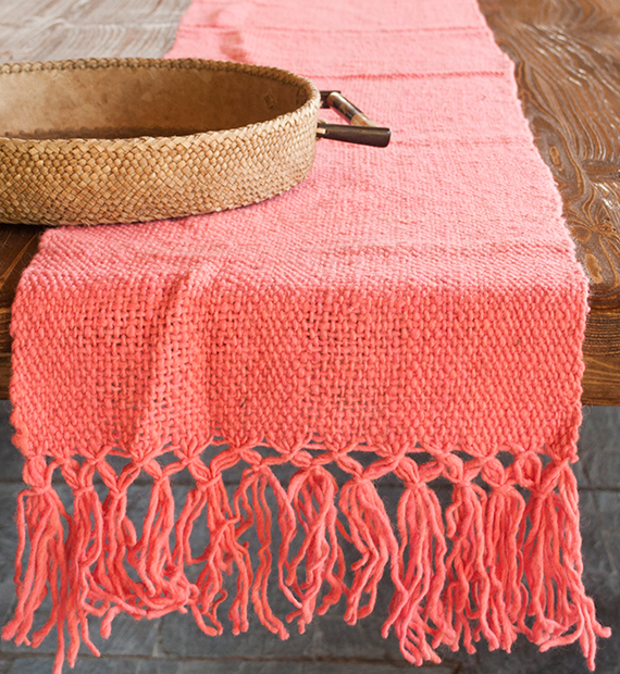 camino-de-mesa-calchaqui-rosa
