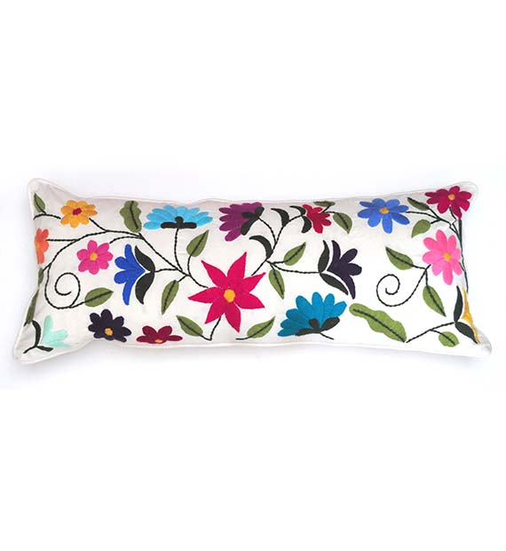 flor-nueva-rectangular-cushion-