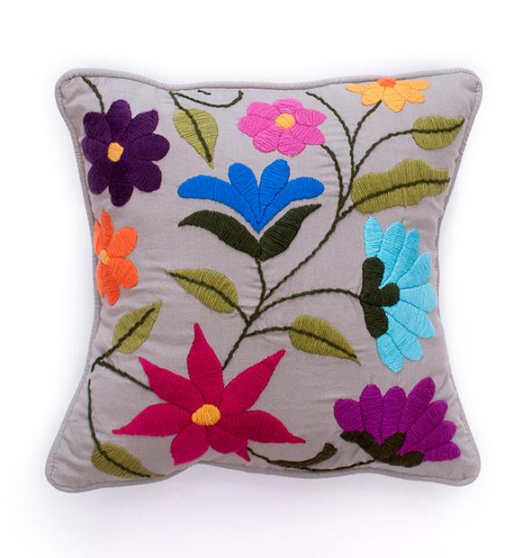 almohadon-flor-nueva-cuadrado-color-vison