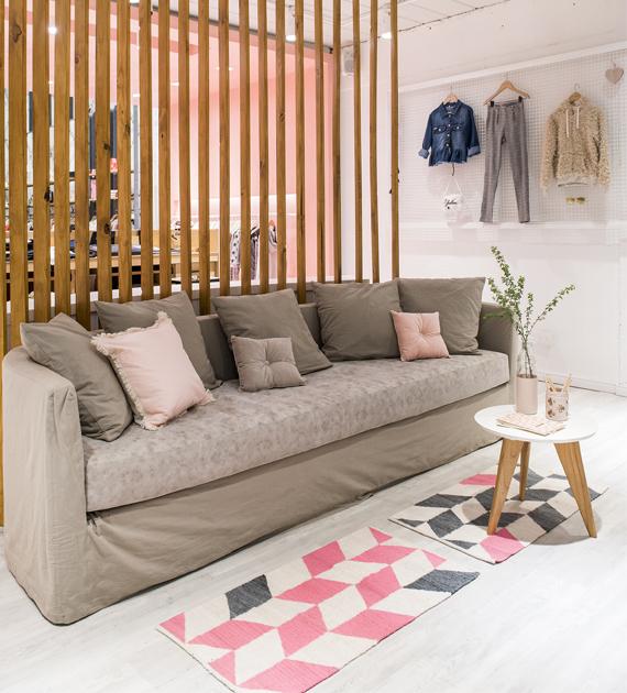 alfombra-costado-de-cama-flechas-fucsia