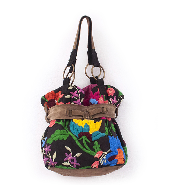 cartera-bordada-con-faja-flor-india-negra