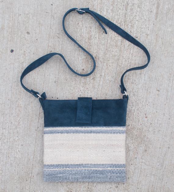 bandolera-belen-azul