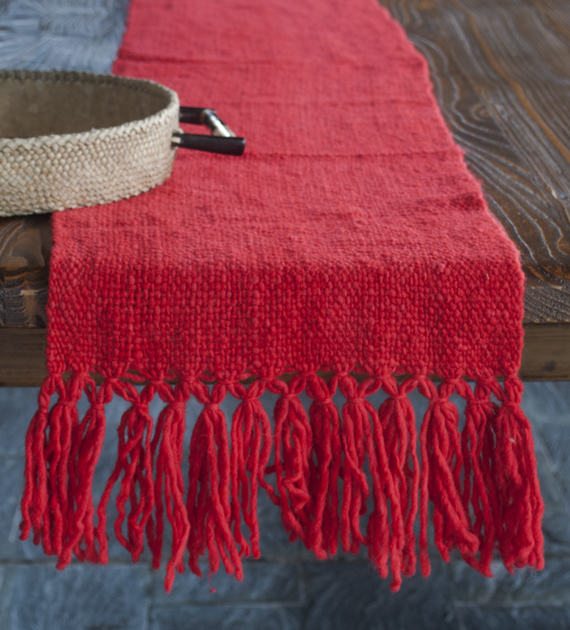 camino-de-mesa-calchaqui-rojo