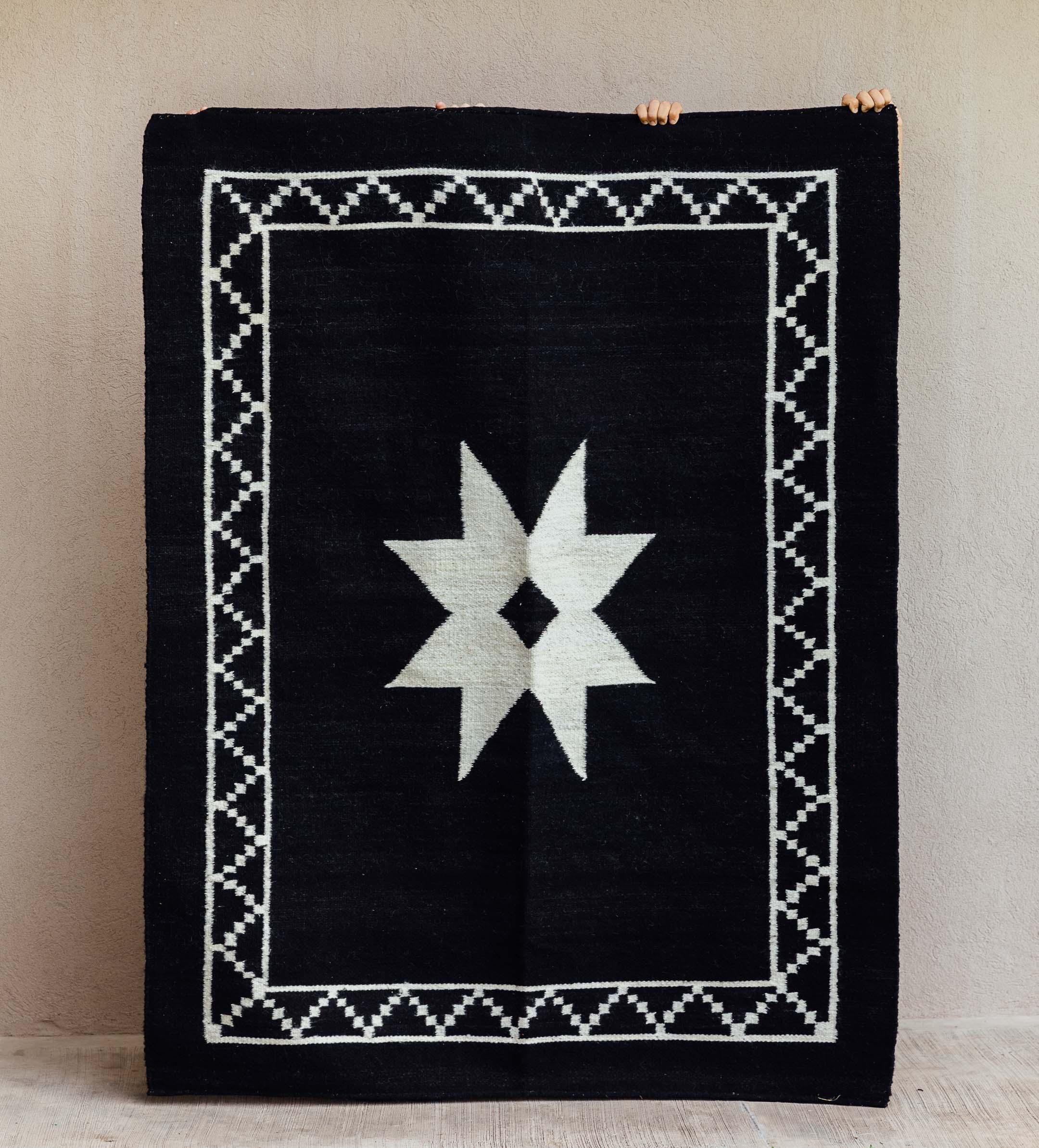 alfombra-estrella-negra